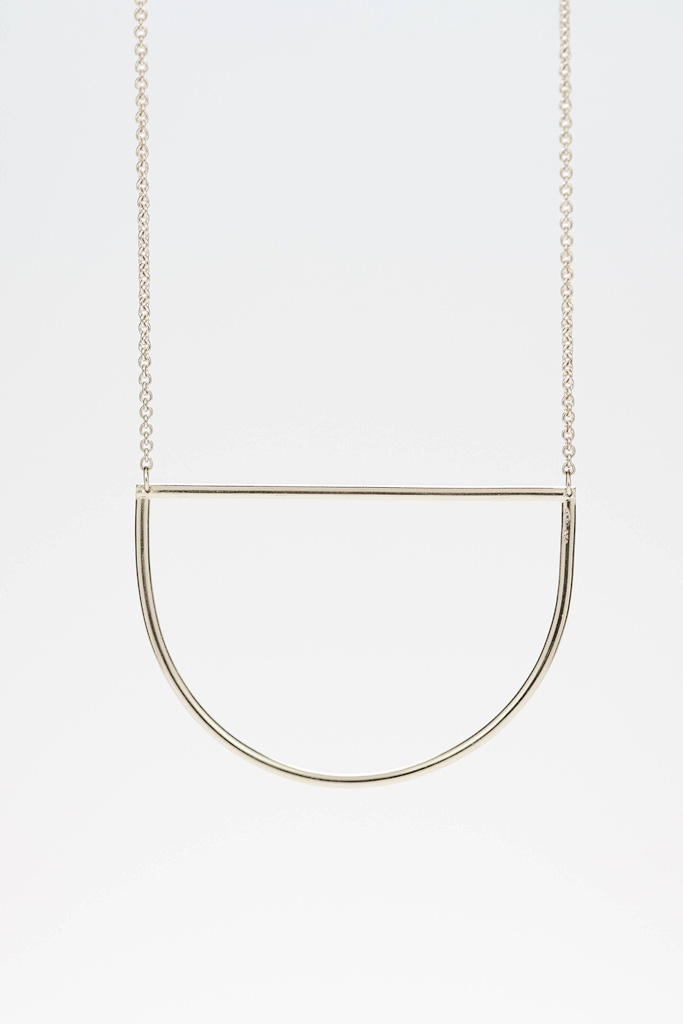 Circles necklace in silver